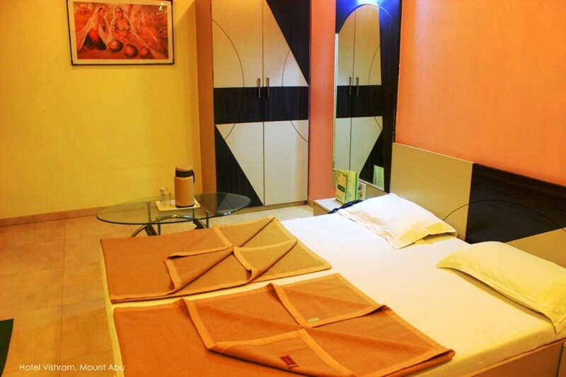 hotel-vishram-mount-abu-super-deluxe-rooms-202