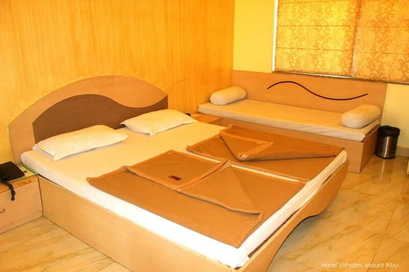 hotel-vishram-mount-abu-super-deluxe-rooms-206